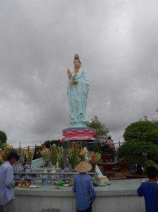 Thuê xe 7 chỗ tham quan Quan Âm Phật Đài Mẹ Nam Hải