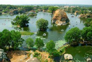 Cho thuê xe 7 chỗ đi khu du lịch Bửu Long – Đồng Nai