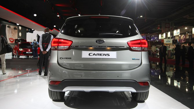 kia-carens-2017-paris-motor-4